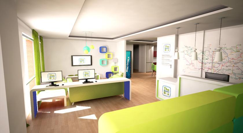 The Hostel Box Diagonal