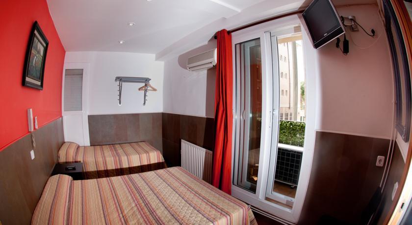 Albergue Be Ramblas Hotel