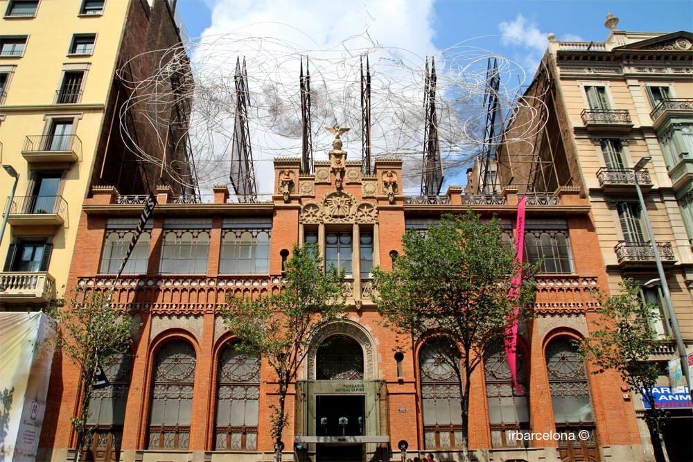 Gebäude Fundació Antoni Tàpies