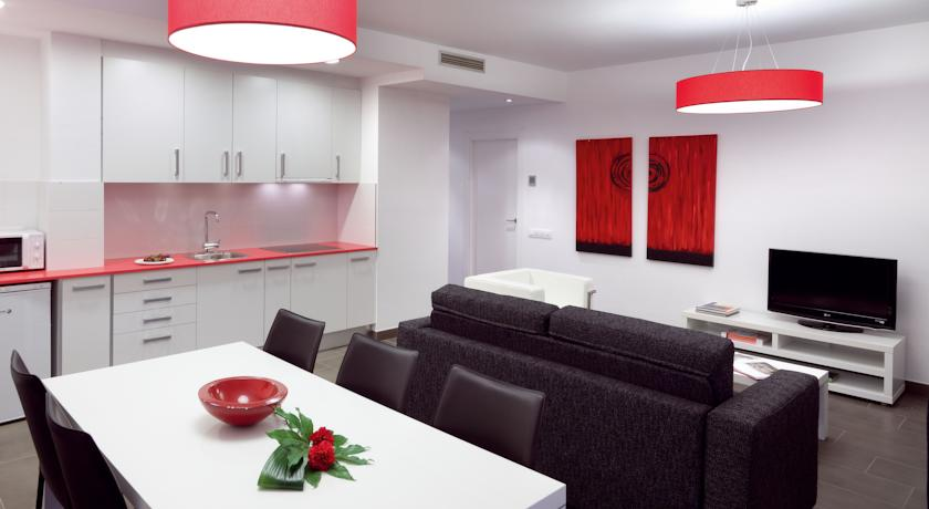 08028 Apartments