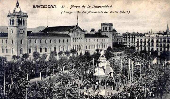 Denkmal Bartomeu Robert Plaça Universitat