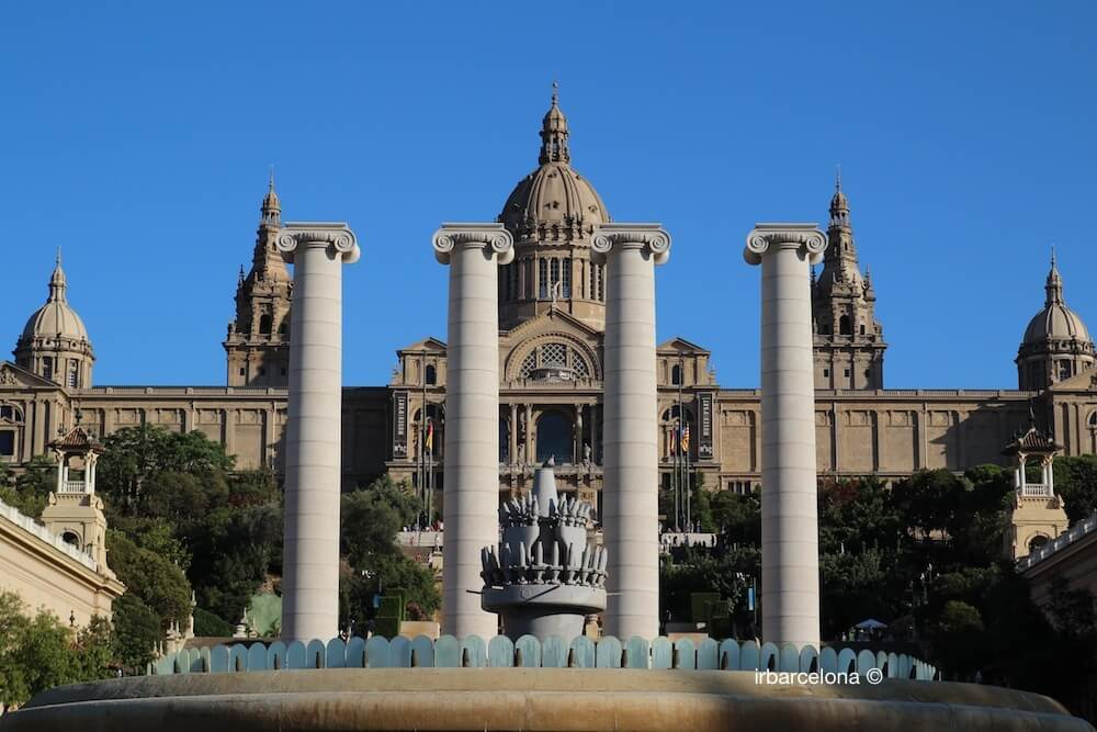 Säulen und Palau Nacional de Catalunya