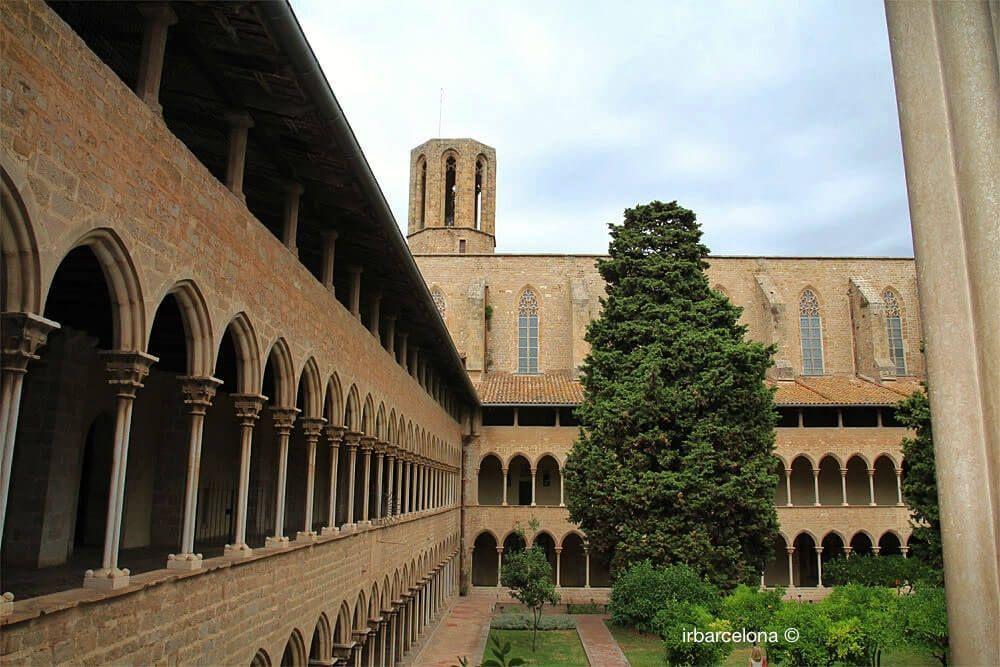Kreuzgang und Glockenturm Kloster Pedralbes