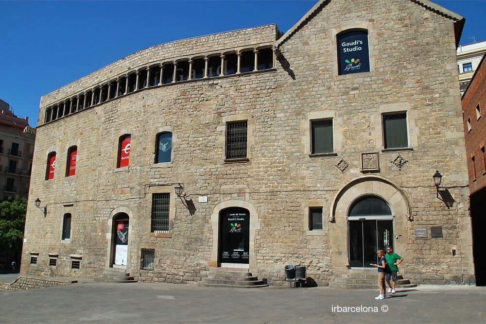 Seitenfassade Diözesanmuseum Barcelona