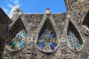 Colonia Güell und Cripta Gaudí