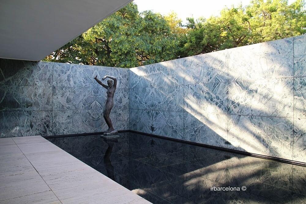 Skulptur 'Tagesanbruch' George Kolbe