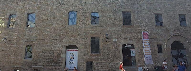 Fassade Pia Almoina